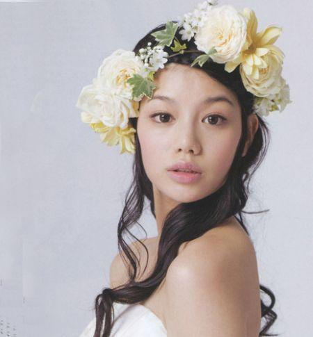 打造优雅的欧式新娘发型(组图)