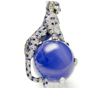 1949年蓝宝石钻石豹形胸针风格凌厉