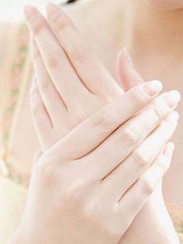 女人过年也不要忽视保健 指甲