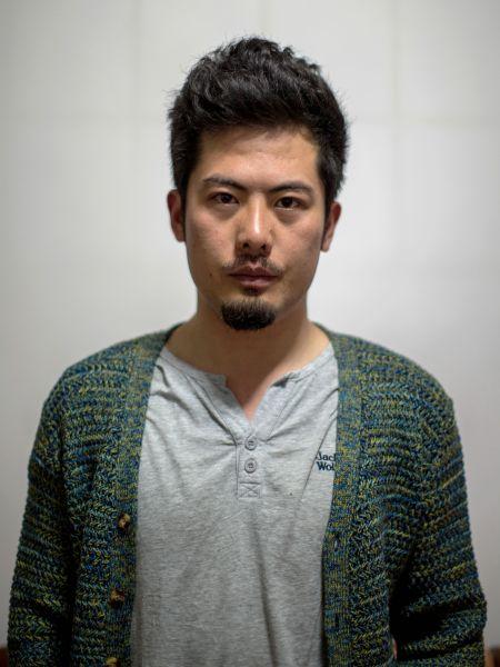 32岁,现就职于青岛《半岛都市报》,从事摄影记者工作6年多。