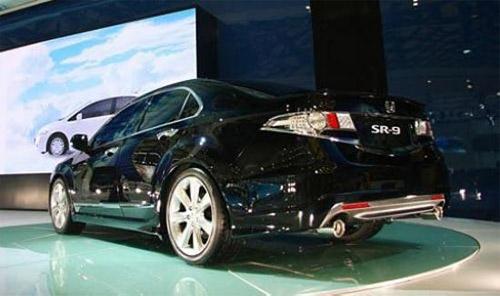 图为上海车展展出的SR9