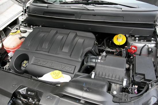 2.7L 6缸自然吸气引擎
