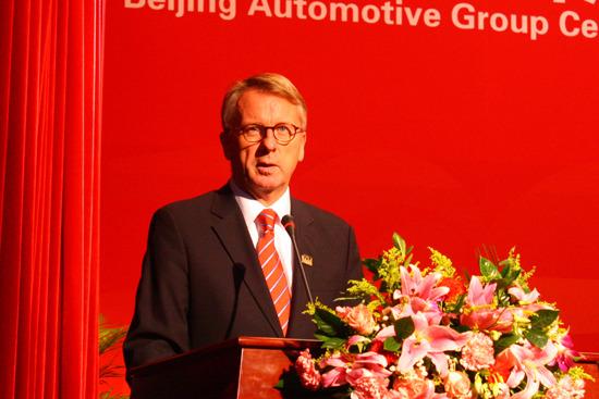 戴姆勒东北亚区投资有限公司(中国)公司首席执行官华立新