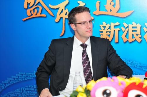 梅赛德斯奔驰(中国)汽车销售有限公司产品策划管理总监雷致远