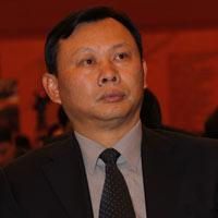 中国汽车流通协会会长 何黎明