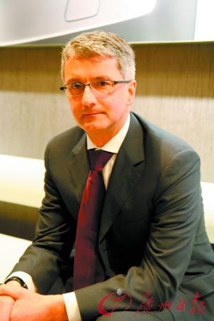 奥迪公司管理董事会主席施奈德强调:豪华车也可以小排量。