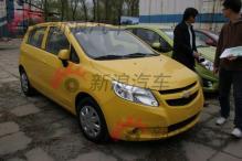 2010北京车展探馆之新赛欧两厢版黄色耀眼