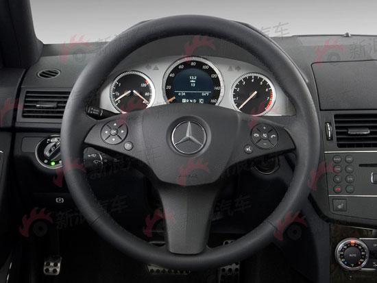 2010款奔驰C300运动版内饰图