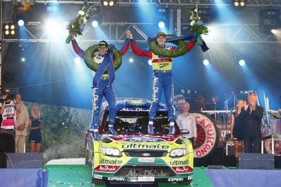 领航员米卡安蒂拉在激烈的WRC芬兰拉力赛中胜出