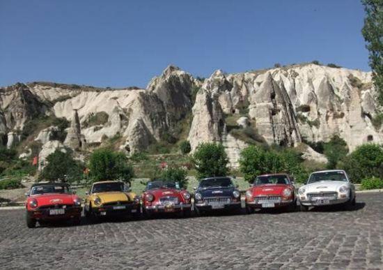 六辆MG在卡帕多西亚,土耳其