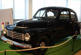 1944年,首款一体式车身的沃尔沃车型PV444诞生