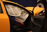 车门、气囊及气帘打开保护乘客