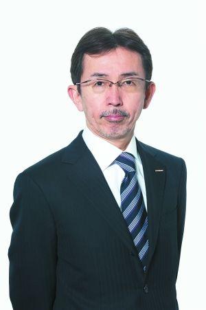 日产汽车公司高级副总裁兼首席创意官中村史郎表示,新骐达由日本设计中心操刀