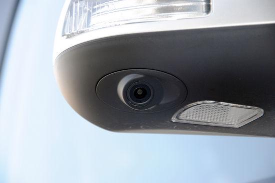 右后视镜摄像头 点击进入2011款比亚迪M6高清到店实拍(200张)