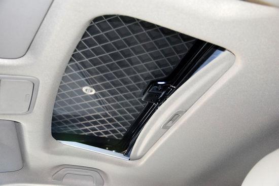天窗 点击进入2011款比亚迪M6高清到店实拍(200张)