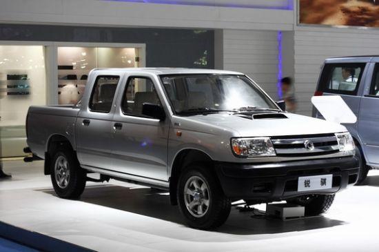郑州日产锐骐皮卡装备日产ZD30发动机款