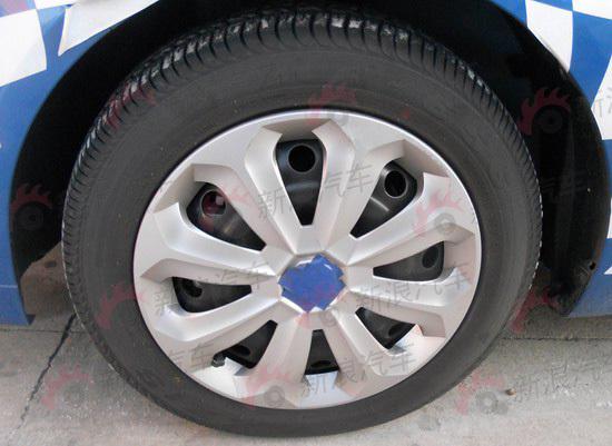 低配版车型钢制轮毂