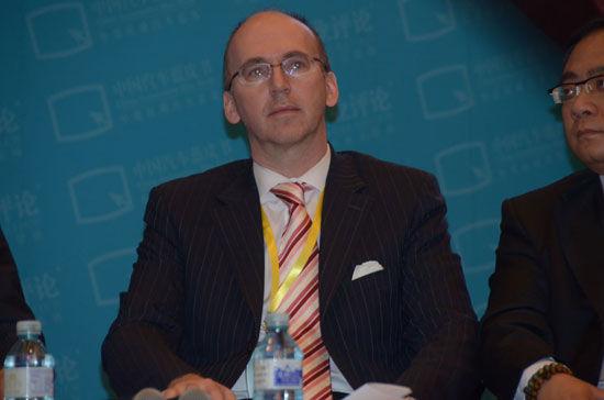瑞士德锂龙电动汽车公司总裁薄赫特
