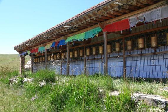 藏传佛教传统的转经筒 一定要
