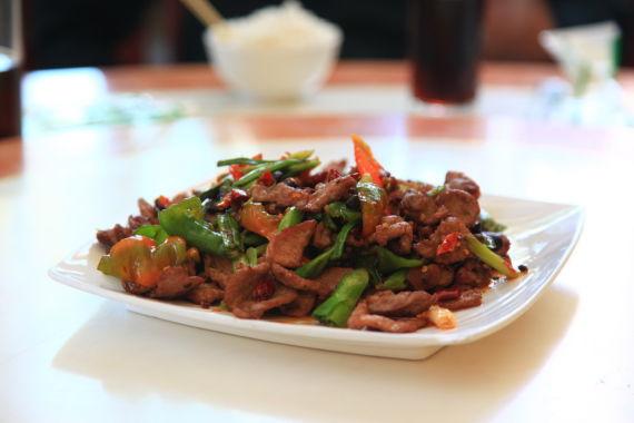 碌曲县的川菜味道还算不错