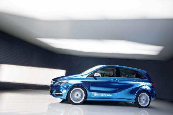 全新奔驰B级电动概念车将亮相巴黎车展