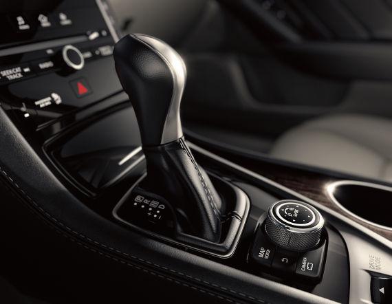 英菲尼迪Q50运动型轿车