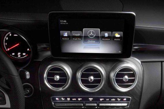 Mercedes-Benz C-Class Interior 03