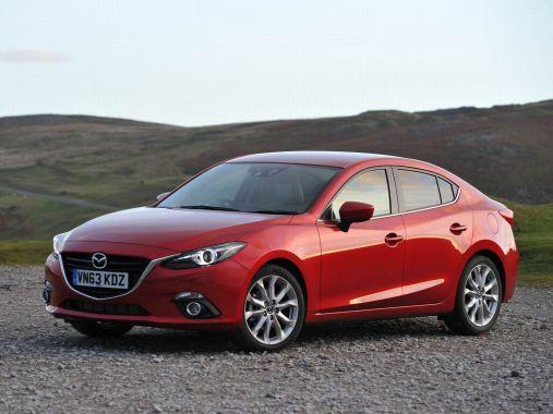 第二名 Mazda 3
