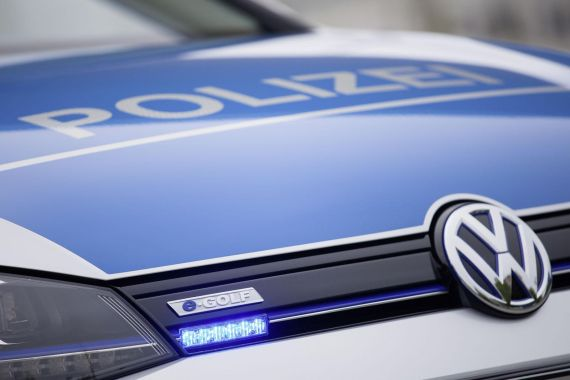 Volkswagen e-Golf Police Car 04