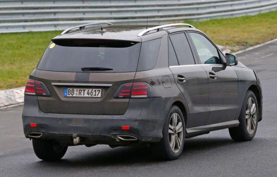 Mercedes-Benz GLE Plug-in Hybrid Spy 07