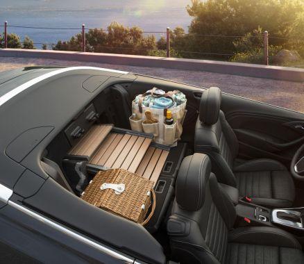 Buick Cascada 11