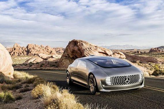 奔驰的F 015 Luxury in Motion自动驾驶概念车