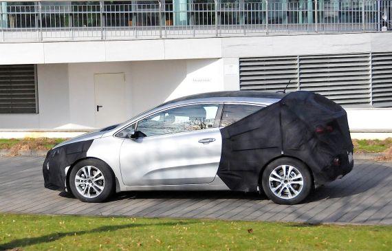 Kia Pro_ceed Facelift Spy 05