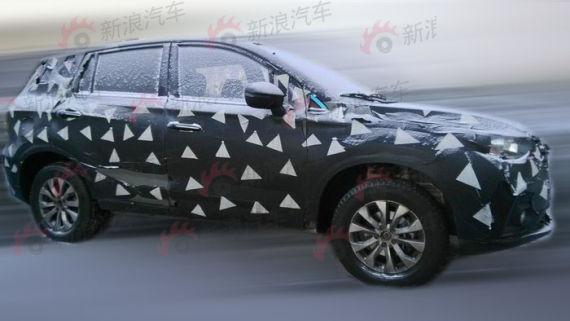 广汽传祺GS4量产车型无伪谍照曝光