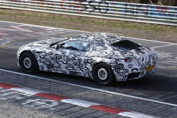 Aston Martin DB11 Spy 03