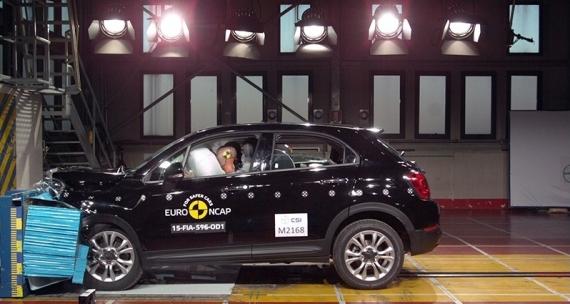 Fiat 500X EuroNCAP 03