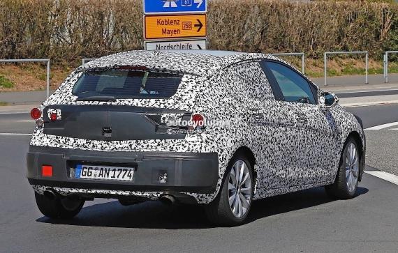 Opel Astra GSi Spy 07
