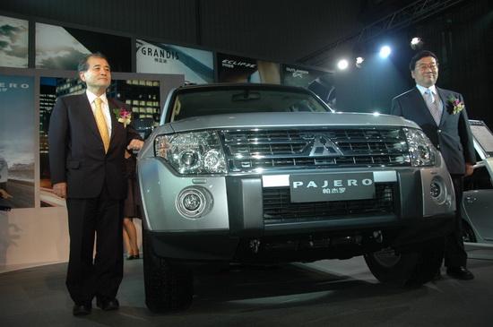 售价39.8万起全新进口帕杰罗3.0L登陆中国