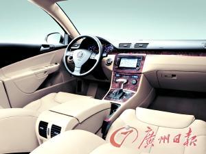 内饰设计水准与高档豪华车看齐。