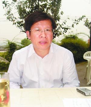 吉利控股集团副总裁王自亮接受采访