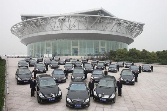 梅赛德斯-奔驰向2008上海网球大师杯正式移交官方用车