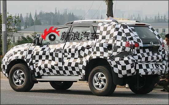 新车的车身造型已经完全没有陆风X6的一丝痕迹