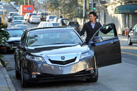 刘德华与2009 Acura TL