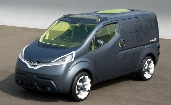 日产多功能跨界车NV200