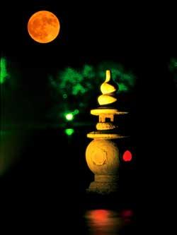 中秋将至何处赏月?