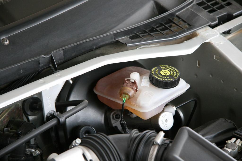 神龙汽车富康发动机