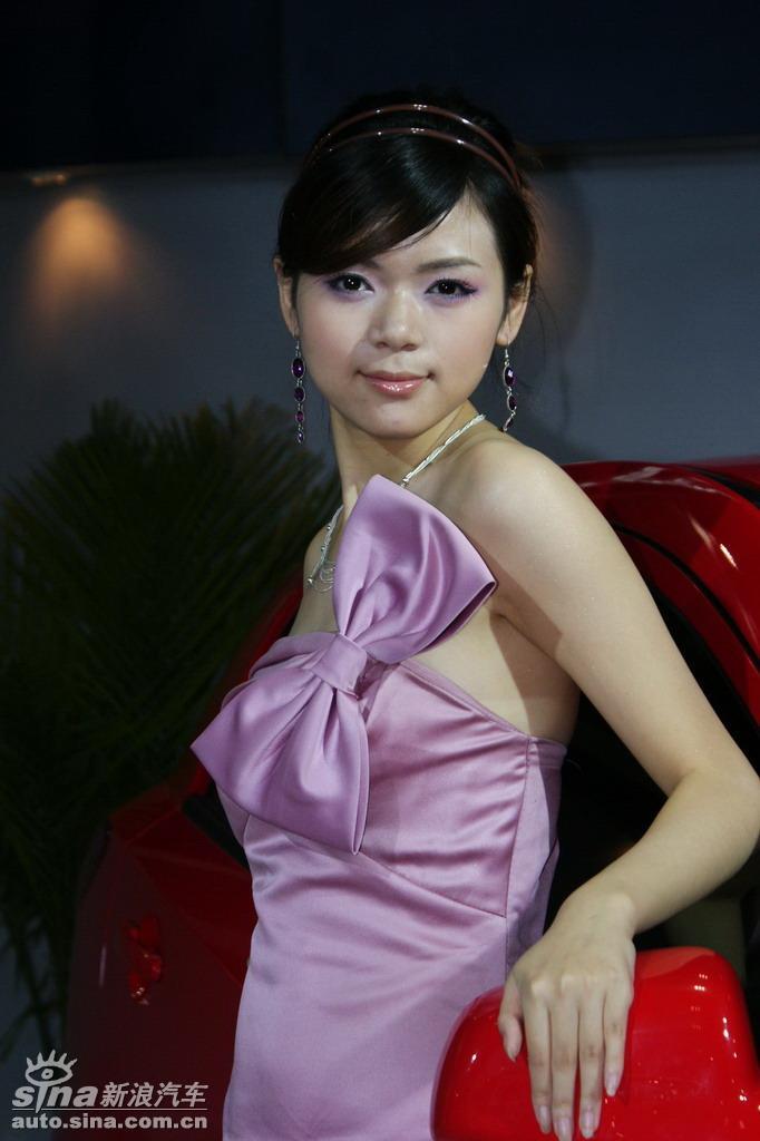 2009重庆车展美女模特图