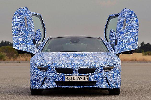 性能混动 试驾2015宝马i8原型车