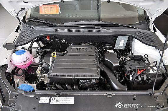 2013款桑塔纳1.6L自动舒适版 平安白