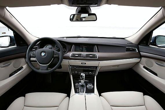宝马5系GT官方图
